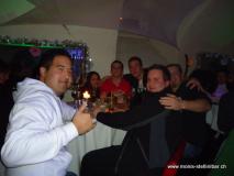 monis_bar_20120108_1940993698