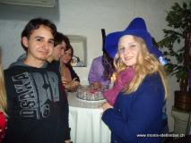monis_bar_20120327_1608712806