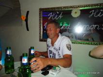 monis_bar_20120917_1101502464