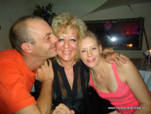 monis_bar_20120917_1748463427