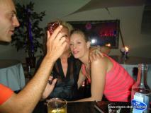 monis_bar_20120917_1860663608