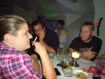 monis_bar_20121027_1074571443
