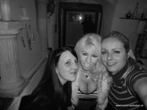 monis_bar_20121126_1006805196