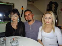 monis_bar_20130610_1075410934
